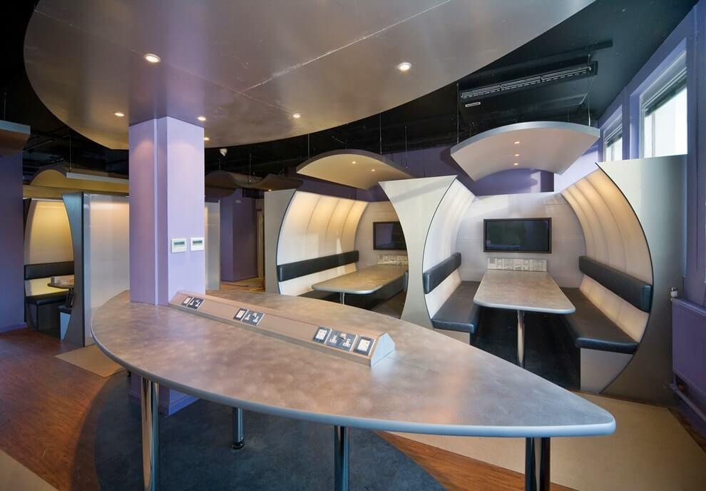 Офис в стиле техно-арт